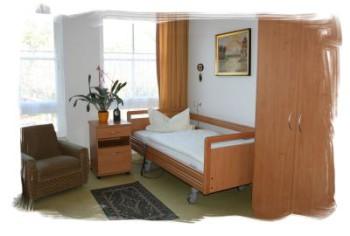 Zimmer im Pflegeheim Tannenhofx